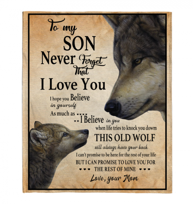 Never Forget That I Love You To My Son Mom's Gift For Son Wolf Black Fleece Blanket