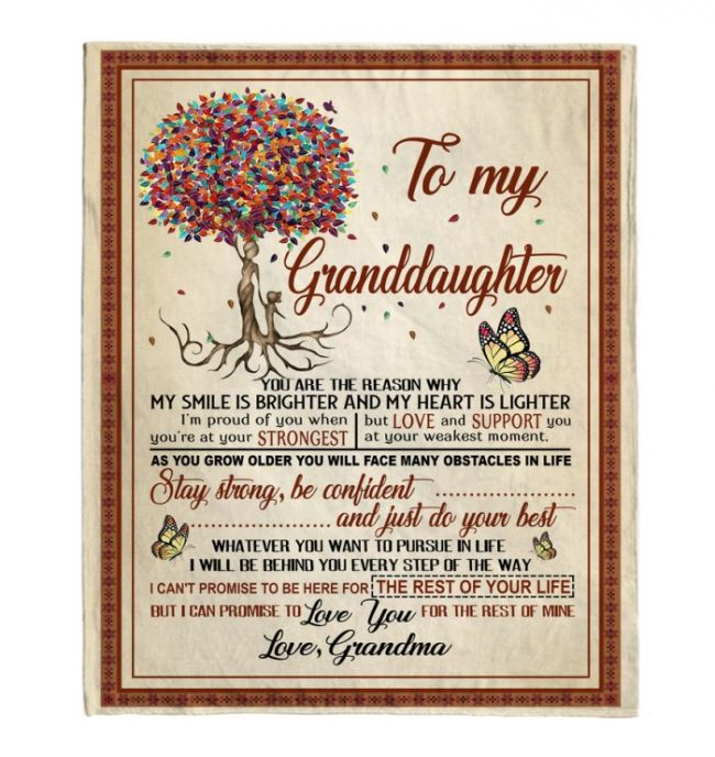 To My Granddaughter Blankets I Love You Gift From Grandma Black Fleece Blanket